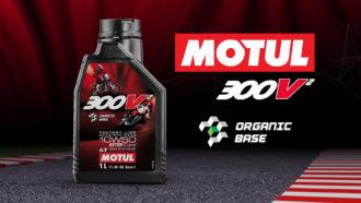 Motul 300V² Oil 1